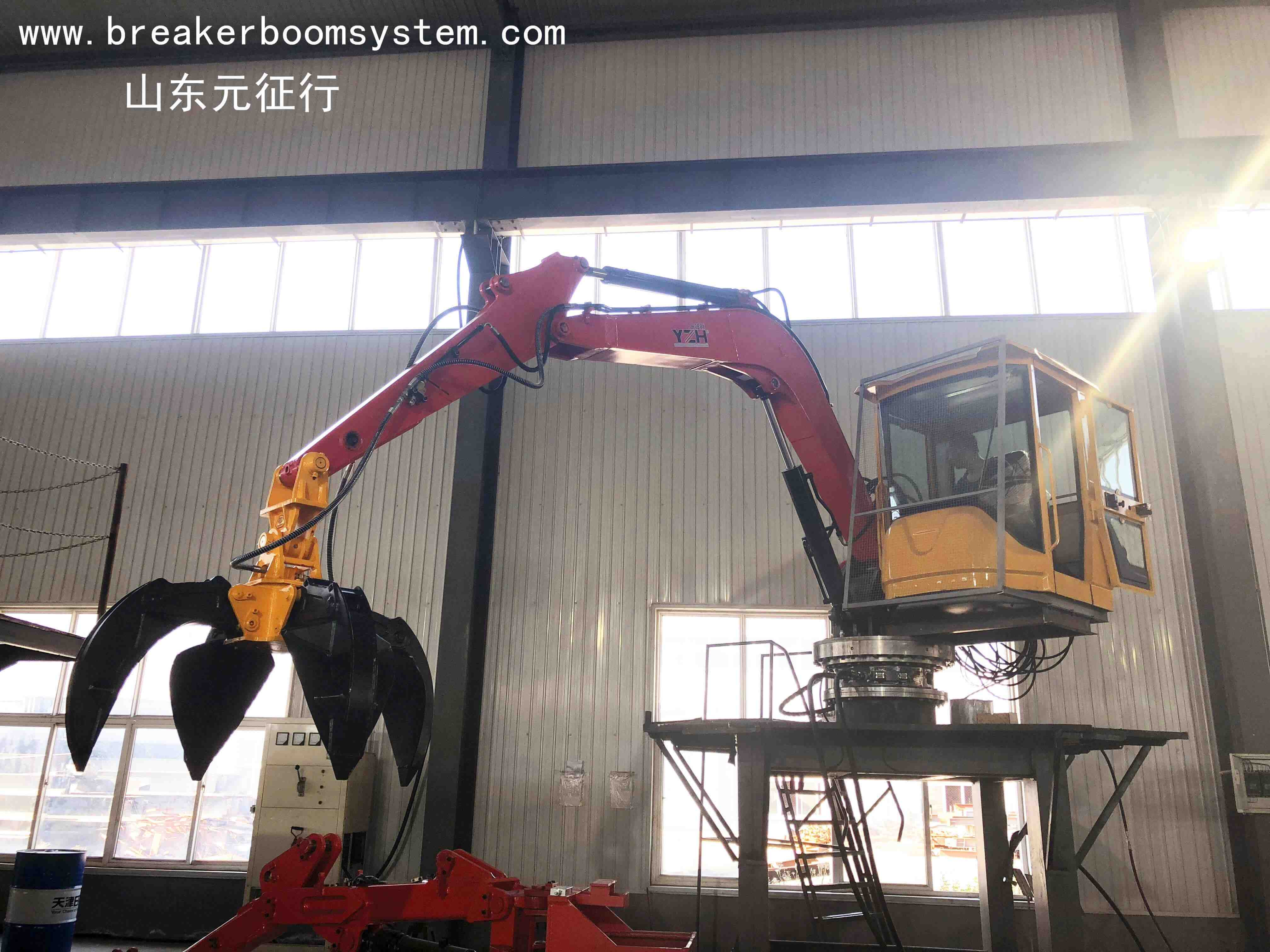 electric hydraulic booms system for municipal waste plant